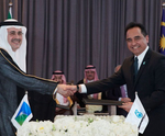 Aramco, PETRONAS sign share purchase agreement
