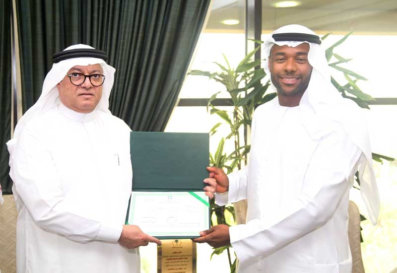 The signing ceremony in Riyadh was attended by Dr Abdul Qader bin Othman Amir (left), undersecretary, Ministry of Municipal and Rural Affairs, Saudi Arabia, and Abdulla Al Menthari from ADNOC Distribution.