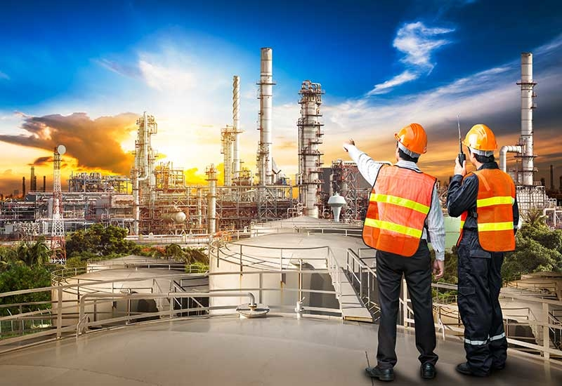 Top 10..., Capital, Complexity, Construction, Contractors, Contracts, Costs, Csr, Engineering, EPC, Industry, Listing, Middle East, Natural gas, Oil, Oil and gas, Pipelines, Prices, Procurement, Project, Rankings, Risk, Top 30, Value, Volume