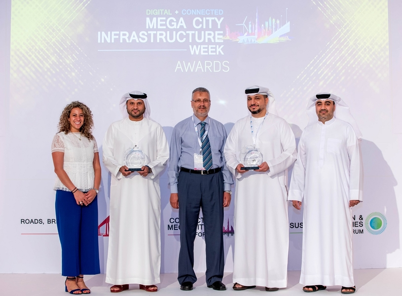 The awards were presented to Husam Salem M Al Shawi, general manager of Tasjeel, Nawaf Al Ahmed, retail business development and network planning manager, ENOC Retail, Rania Nazmy, retail marketing communications manager, ENOC Retail, Tariq Al Rasheed, sales and marketing manager, Tasjeel, and Ahmad Dardas, technical development manager, Tasjeel, during a ceremony held at Roda Al Bustan.