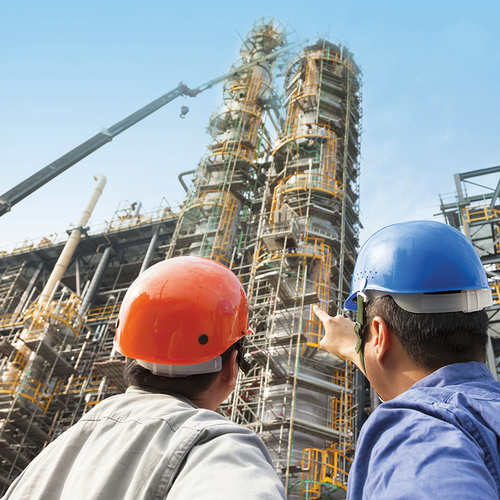 As a result of the rebalanced low oil prices, the downstream EPC companies in the Middle East are facing project complexity, escalating costs and enhanced risk.