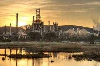 The 157,000bpd, dual-coking Martinez refinery is located on an 860-acre site in the City of Martinez, 30 miles northeast of San Francisco, California.