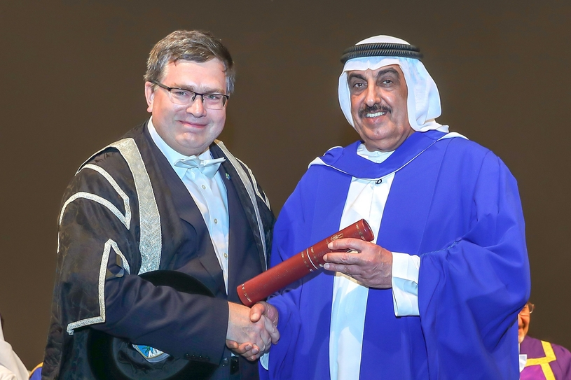 Saif Humaid Al Falasi (right), ENOC's group CEO, receives the honorary degree of Doctor of Engineering from Professor Richard A Williams, principal and vice chancellor of Heriot-Watt University, Dubai Campus.