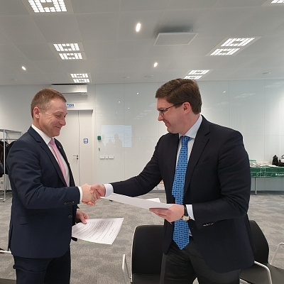 The MoU was signed by Maxim Remchukov, sustainable development director at SIBUR, and Christoph Roehrig, head of BASF in Russia and the CIS.