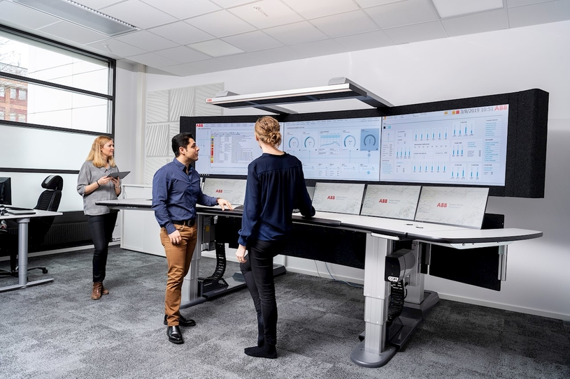 ABB Ability Performance Optimization for hoists is one of the unique services performed in the ABB Ability Collaborative Operations Centers in Västerås, Sweden.