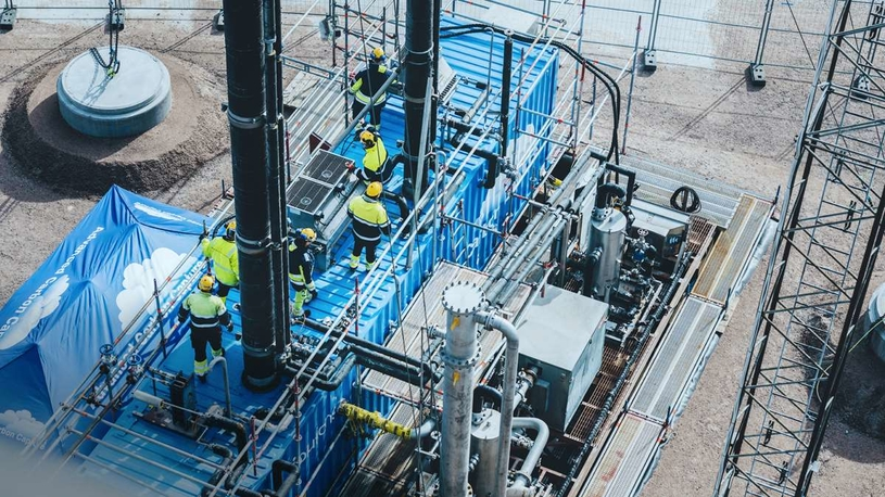 The mobile test unit will during 2020 capture carbon from flue gases coming from Preem's hydrogen gas plant at the Lysekil refinery on the west coast of Sweden.