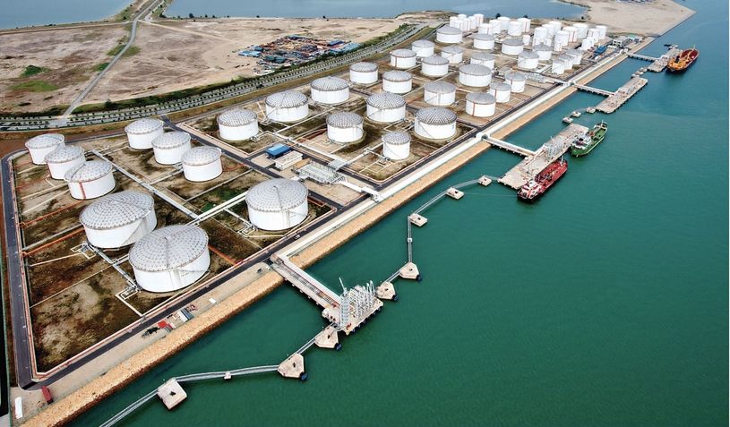 Through its wholly owned subsidiary and independent terminal, Horizon Terminals, ENOC Group owns and operates six terminals in the UAE and four in other global markets with a total combined storage capacity of 6.6mn cubic metres (m³) across 346 tanks.